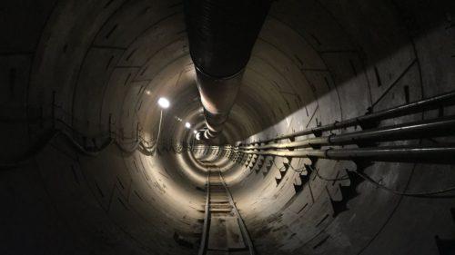 Cum arată tunelul subteran din Los Angeles, creat de Elon Musk