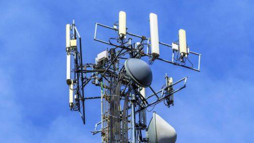 Primarul din România speriat de tehnologie. Vrea să interzică antenele 5G