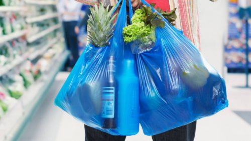 Cum am putea scăpa de poluarea pungilor de plastic