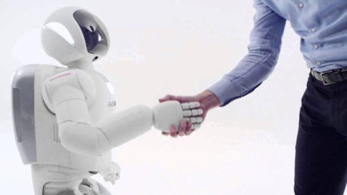 Cum vor învăța roboții în cine să aibă încredere și în cine nu