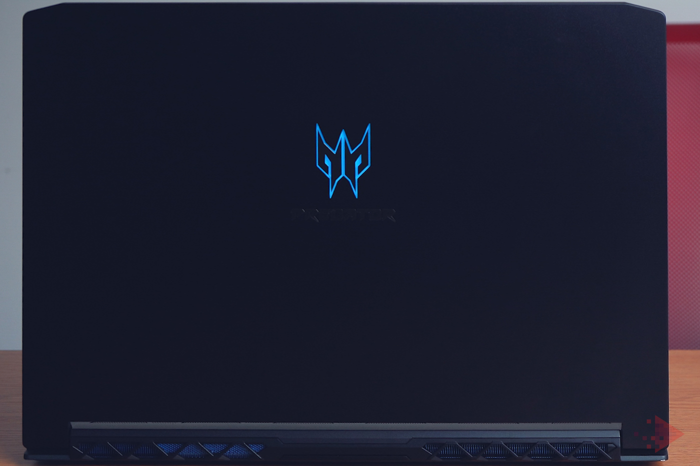 Acer Predator Triton 500 cu Nvidia RTX 2080-1