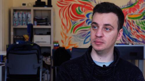 """<span class='highlight-word'>INTERVIU</span> Site-ul românesc care-ți face """"lipeala"""" cu jobul potrivit"""