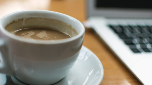 Cantitatea de cafea care poate duce la deces: cât a băut un tânăr, înainte să ajungă la spital