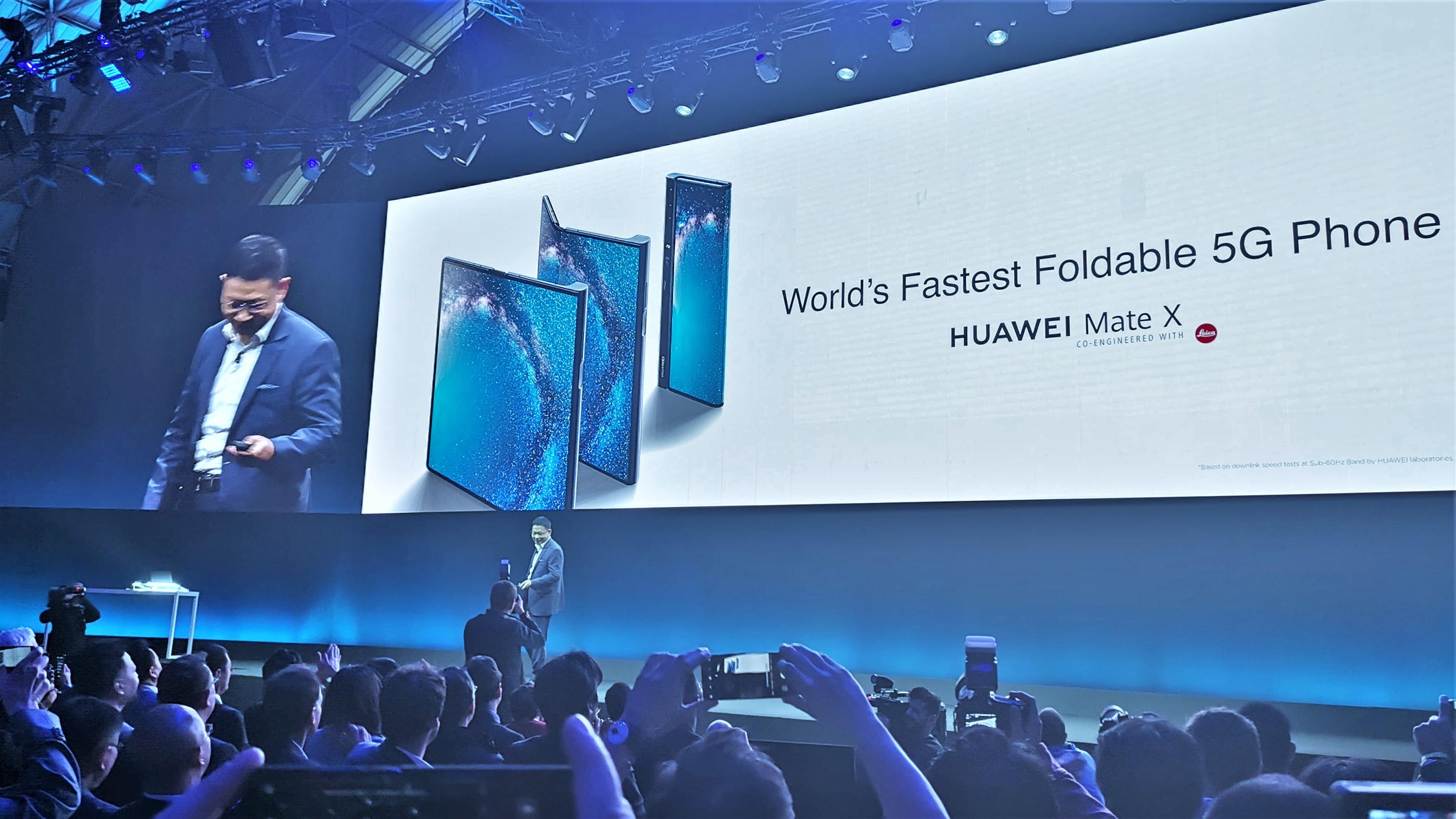 Huawei Mate X (3)