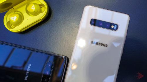 Samsung Galaxy S10 vs. iPhone Xs: ce diferență masivă e între ele
