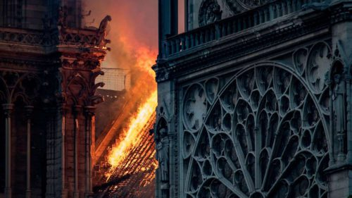 Catedrala Notre Dame suferă de caniculă: consecințele încălzirii globale
