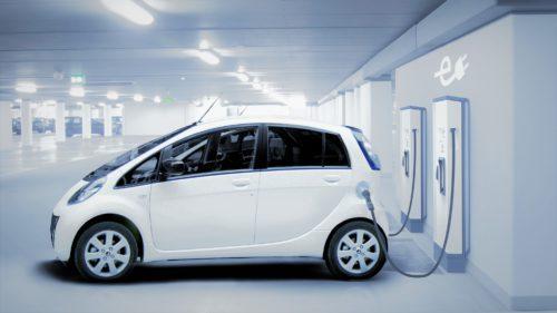 Soluția găsită de Guvern ca să fie mai multe mașini electrice în România