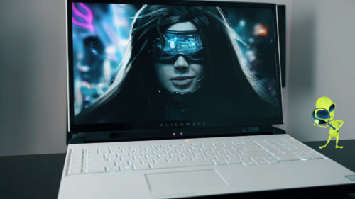 REVIEW Alienware Area 51M – Laptopul de gaming cât un PC (la propriu)