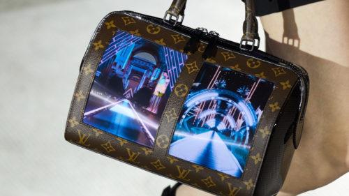 Louis Vuitton a anunțat poșete cu ecrane flexibile, din motive necunoscute