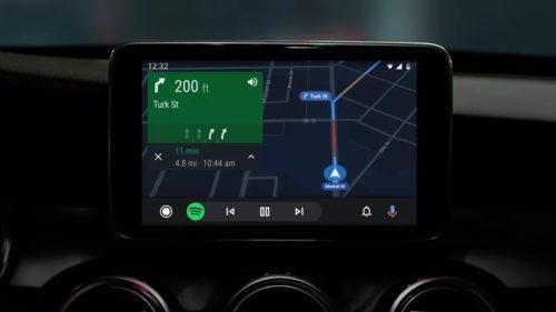 Android Auto intră în secolul 21 cu un mod întunecat și alte detalii utile