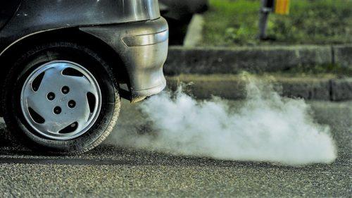 Renault, gigantul care controlează Dacia, îți arată în cel mai bun mod cât de poluat e București