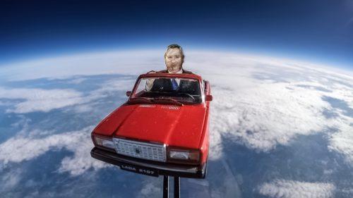 Rușii l-au copiat pe Elon Musk și le-a ieșit un moment dureros de penibil