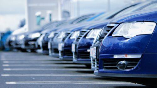 Care sunt mașinile care se depreciază cel mai mult după ce le cumperi noi. Surpriza care vine din partea Dacia