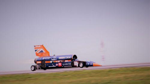 Mașina mai rapidă decât sunetul intră în teste: ce viteză trebuie să atingă