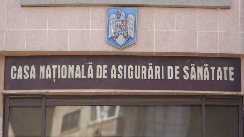 România e țara legată cu sârmă în care mori cu card de sănătate în mână