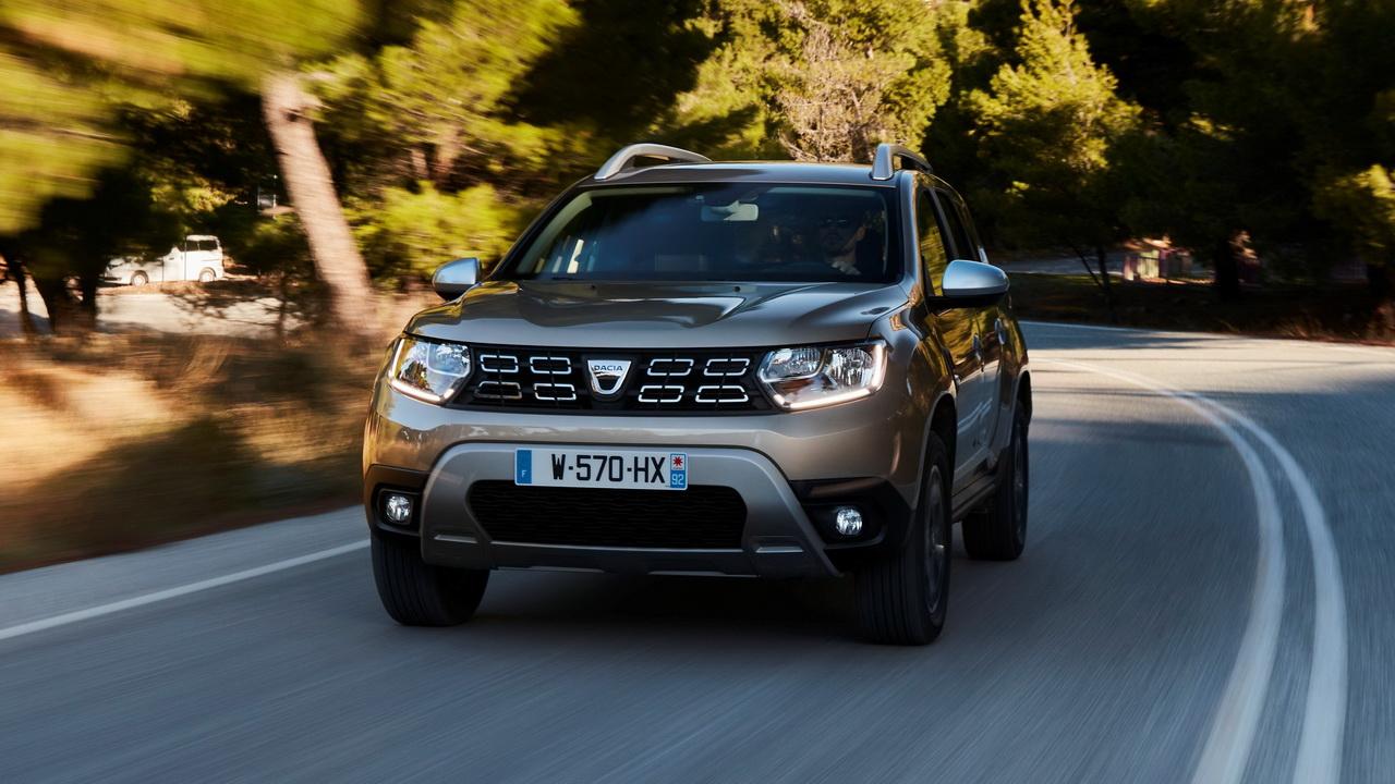 Cum pot să dispară de pe piață Dacia Duster și Sandero. Scenariul care poate da cea mai mare lovitură uzinei de la Mioveni