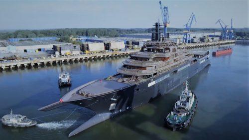 Cel mai mare yacht din lume a fost construit în România. Cine a plătit pentru el?