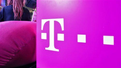 """Amendă uriașă pentru Telekom România: cum și-a """"păcălit"""" clienții în cazul semnalului"""