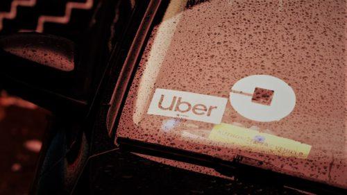 Uber vrea să-ți vândă acum bilete de tren și autobuz