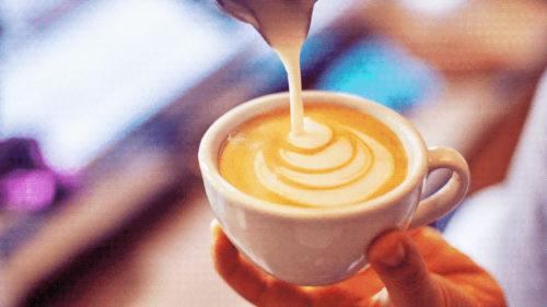Dacă bei cafea dimineața, trebuie să știi ce efect are mirosul ei asupra ta
