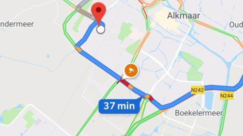 """Google Maps vrea să ia fața """"fratelui"""" Waze: cum îi ține pe șoferi atenți la volan"""
