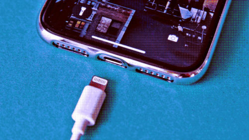 Apple nu vrea să se supună regulilor UE și are o soluție pentru a le evita