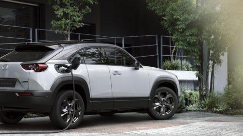 Mașinile electrice, mai periculoase pentru mediu decât diesel: cum a ajuns Mazda la această concluzie