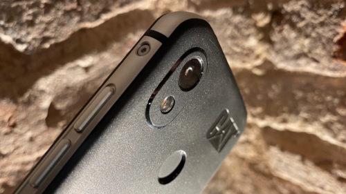 Telefonul care chiar rezistă la apă a ajuns în România. Cât costă CAT S52