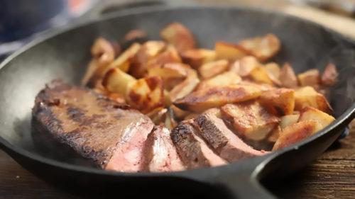 Pare friptură, dar nu e: din ce au creat alternativa perfectă la carne