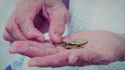 """""""Fantoma"""" PSD bântuie PNL: va duce la dezastru creșterea pensiilor cu 40%?"""