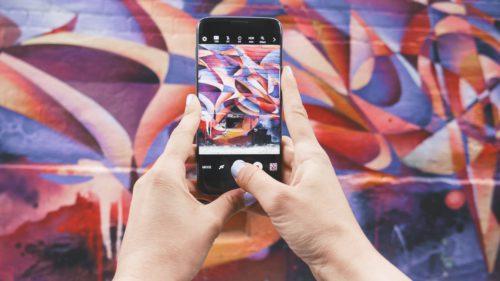 Instagram încearcă să lupte cu imaginile fake, însăîți arată că nu înțelege arta