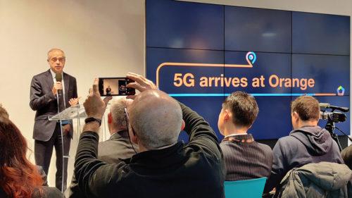 """Cum vrea Orange să """"dea ora exactă"""" în 5G de la București: ce e laboratorul găzduit de Politehnica"""