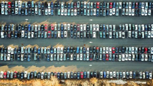 Aplicația de tip Waze pe care o vrei în București ca să găsești repede un loc de parcare