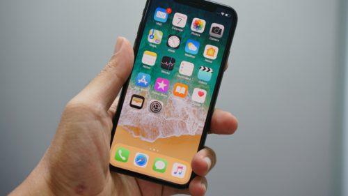 Apple vrea să te lase să-ți folosești iPhone-ul pe post de cheie la mașină