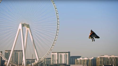 Cum arată primul zbor uman 100% autonom cu un costum care amintește de Iron Man