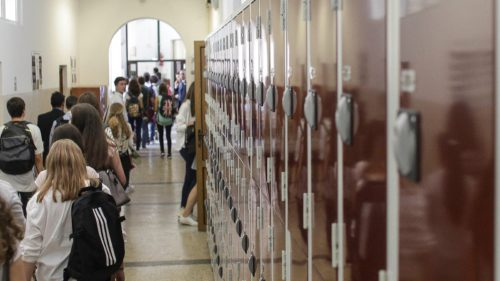 Școlile din România, mai periculoase decât spitalele: câte nu au autorizație de securitate la incendiu, oficial