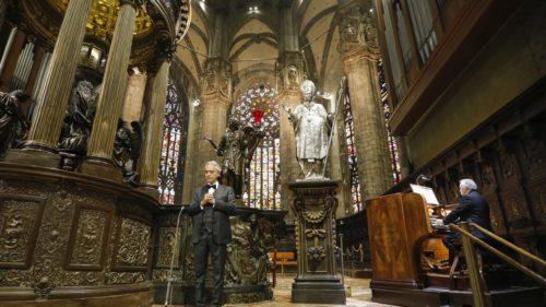 """Andrea Bocelli, concert în Domul din Milano: unde poți asculta """"rugăciunea"""" de Paște a artistului"""