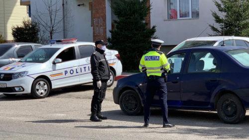 Stat polițienesc sau măsuri necesare? Cum ar fi presați polițiștii să dea amenzi în această perioadă