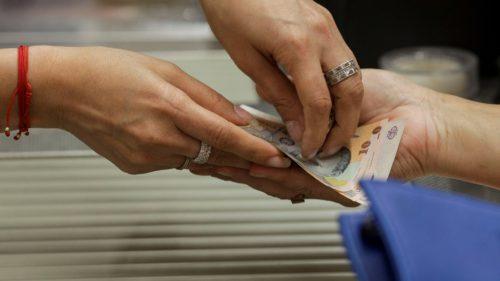Ajutor sau expunere la riscuri? În ce condiții a aprobat Guvernul o nouă amânare a plății ratelor