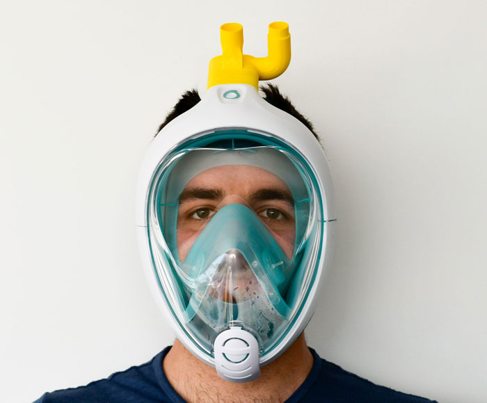 italian-engineers-turn-snorkeling-masks-into-life-saving-ventilators1