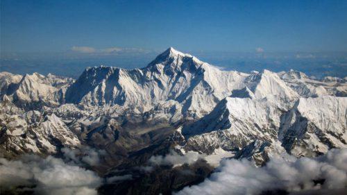 Fenomenul care nu s-a mai întâmplat de 30 de ani: Munții Himalaya vizibili de la sute de kilometri