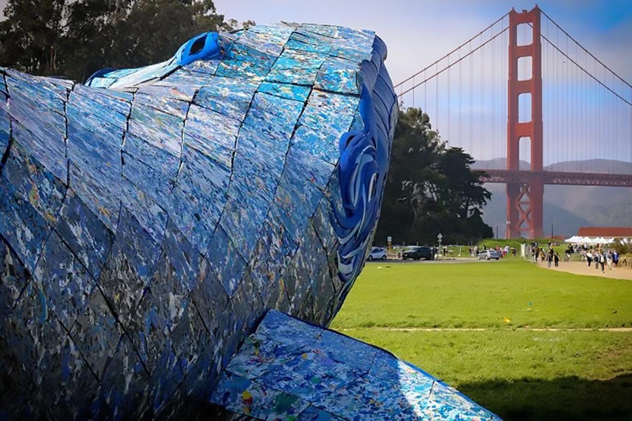 balena plastic reciclat 2
