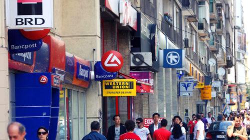 Decizia pentru toți care au cont și card bancar: peste 300.000 de români, vizați. S-a aflat în prima zi a stării de alertă