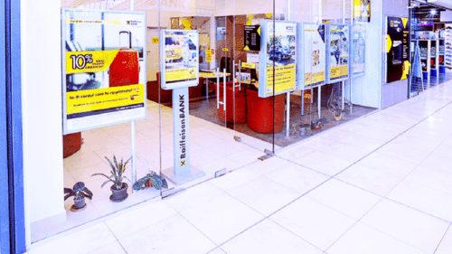 Vestea surpriză pentru mii de români care au cont bancar: Raiffeisen dezvăluie ce se întâmplă în timpul stării de urgență