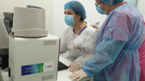 Sistemul prin care România verifică peste 2.000 de teste pe zi în lupta cu virusul