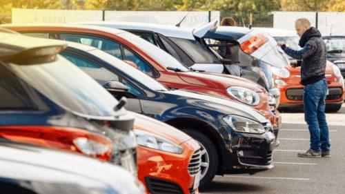 Ce se întâmplă în România cu mașinile pe motorină și benzină: piața second-hand are altă față în pandemie