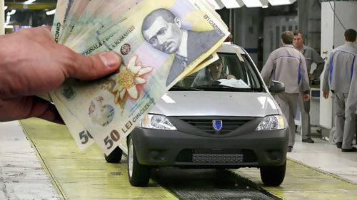 Se dau 1.000 de lei pentru românii care fac asta. Care sunt condițiile și ce legătură are Dacia