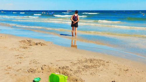 """Prețul vacanțelor în România, încă un motiv să """"te riști"""" în străinătate: cât costă cazările pe litoral, deja"""