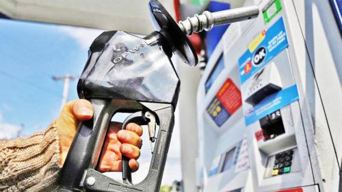 Se întâmplă la pompă în aceste zile: avertismentul pentru șoferii care au mașină pe benzină sau motorină