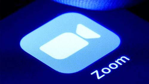 Zoom vrea să plătești pentru astfel de evenimente online